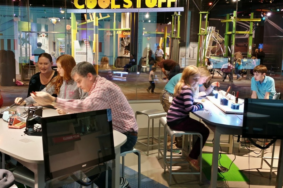 Class at Discovery Place